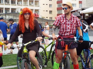 Skirts on Bicycles is not only for ladies.